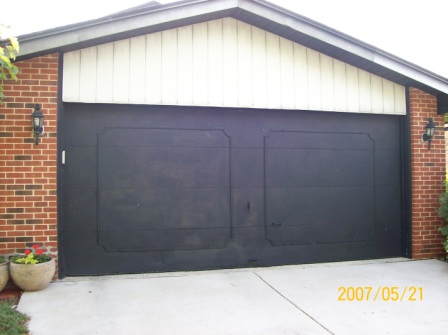 picture of garage door